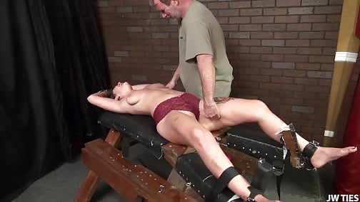 HardcoreTickling - April Is Gonna Beg LO