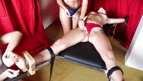 ItaliansTickling - The tremblings legs
